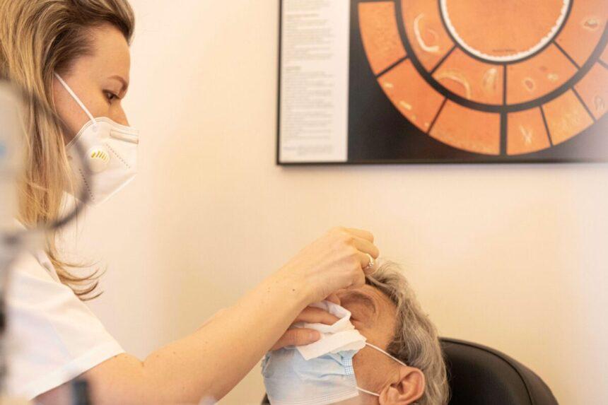 Corectia miopiei si astigmatismului pe timpul noptii – Ortokeratologia